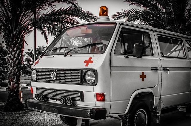 ambulance-1769889_640